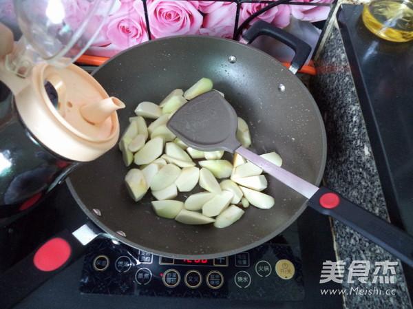 虾米焖茭白怎么吃