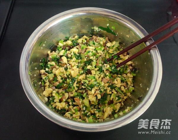 香菇油菜馅的制作