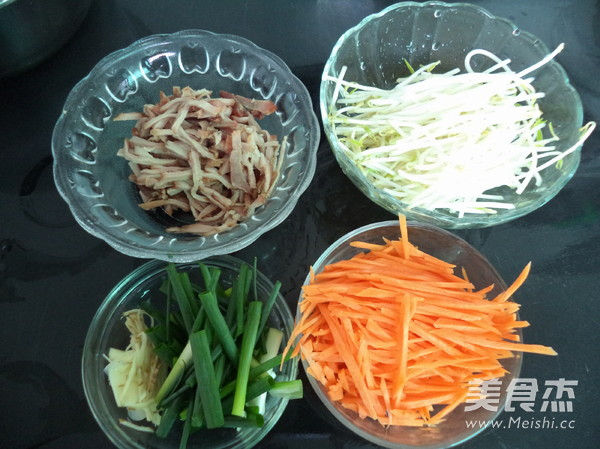 三丝炒米粉的简单做法