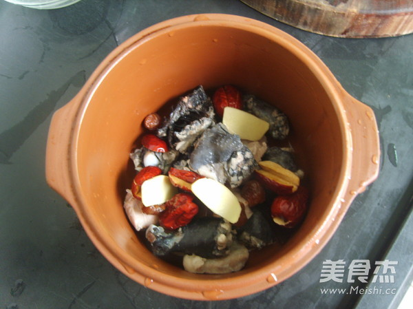 阿胶乌鸡汤怎么吃