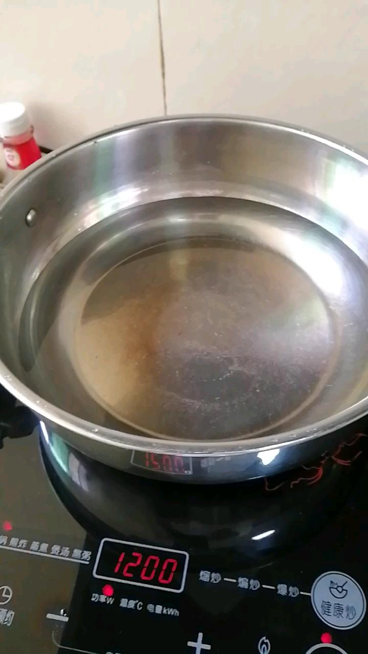 凉拌手撕茄子的家常做法
