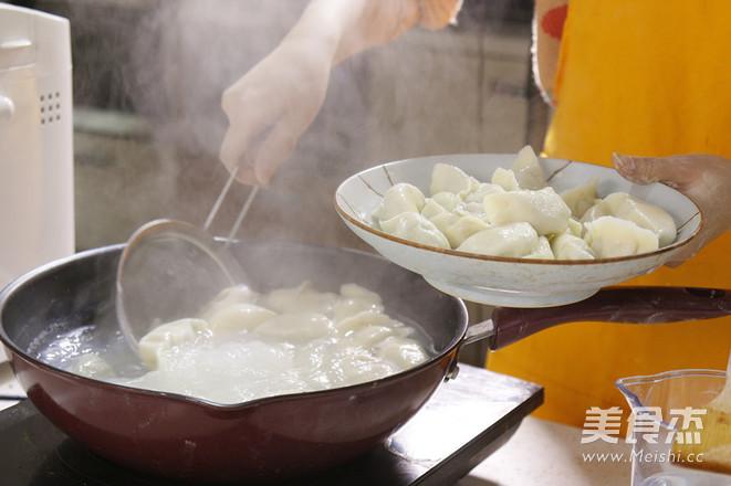 冬至三鲜饺子怎样炖