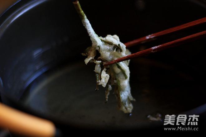 炸香椿鱼怎么炒