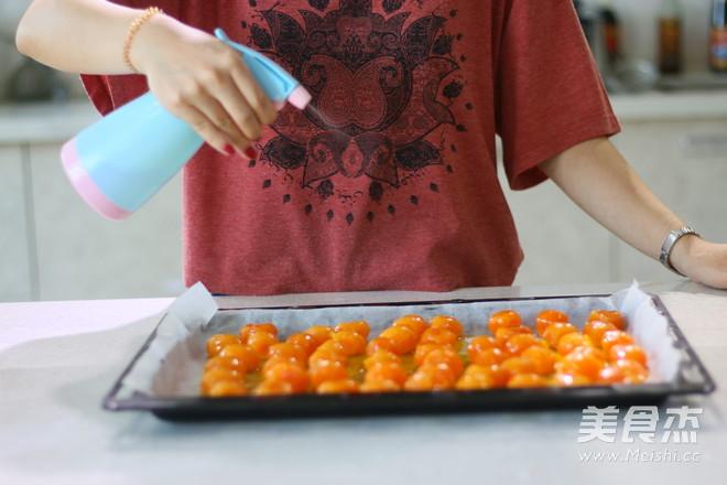 莲蓉蛋黄广式月饼 (超级完整版)怎么做