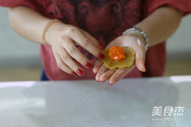 莲蓉蛋黄广式月饼 (超级完整版)怎么煮