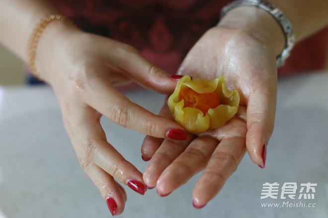 莲蓉蛋黄广式月饼 (超级完整版)怎么炖