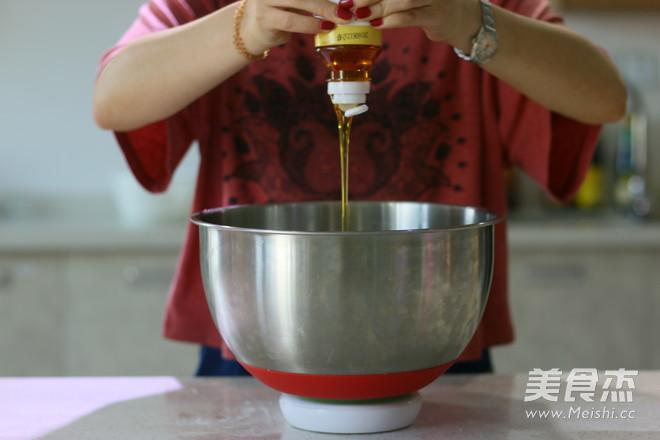 莲蓉蛋黄广式月饼 (超级完整版)怎样炒