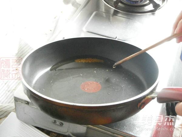 五花肉烧四季豆的家常做法