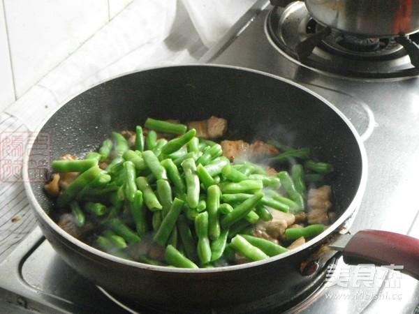 五花肉烧四季豆怎么炒