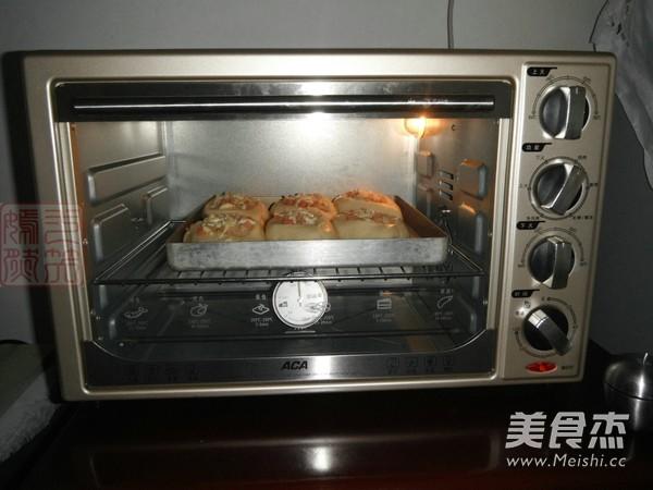 肉松火腿芝士面包怎样做