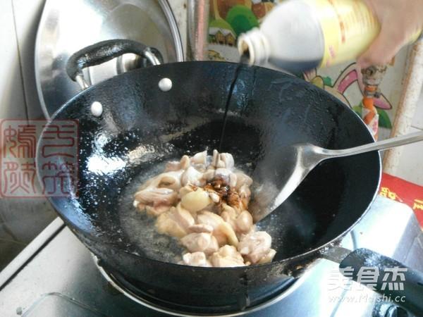 鸡腿肉炖土豆的简单做法