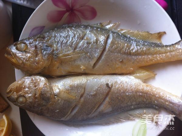 煎蒸小黄鱼的简单做法
