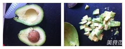 牛油果虾蔬色拉的简单做法
