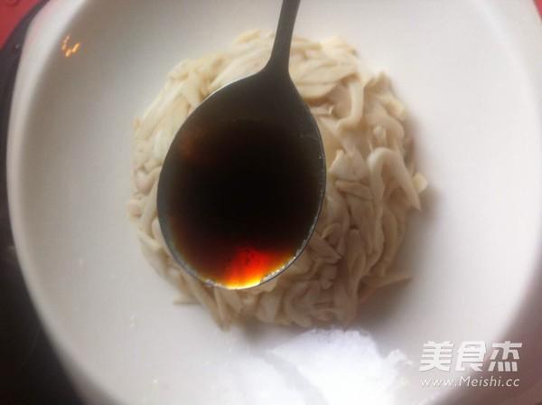 凉拌杏鲍菇丝怎么炖