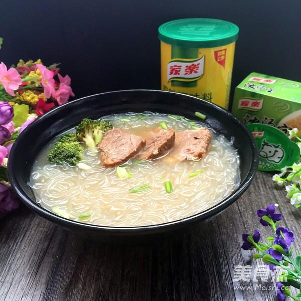 南京牛肉粉丝汤成品图