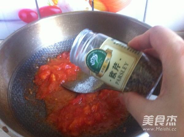 牛肉番茄酱拌意面怎么煸