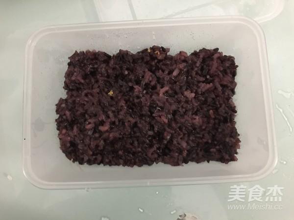 紫米奶酪吐司的做法大全