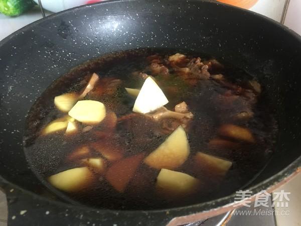 土豆炖牛尾怎么煮