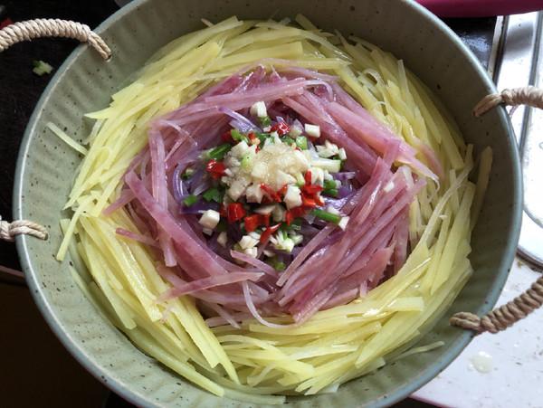 土豆丝菠菜卷饼的步骤