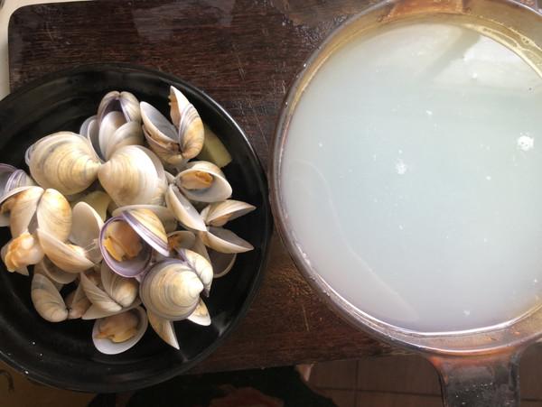丝瓜蛤蜊汤的家常做法