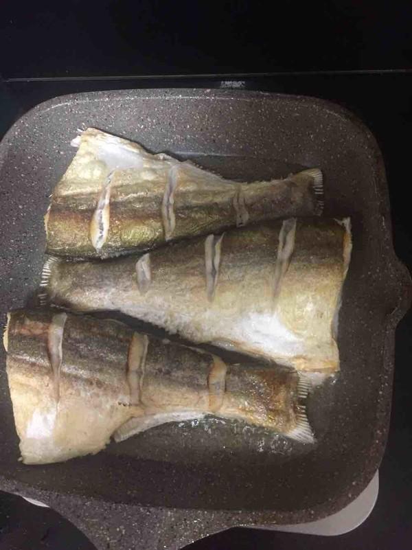 红烧鲢鱼尾的做法图解