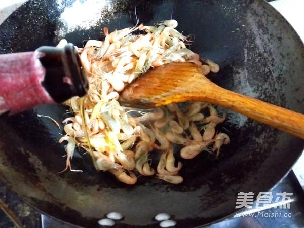清炒小河虾怎么吃