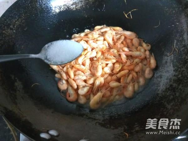 清炒小河虾怎么炒