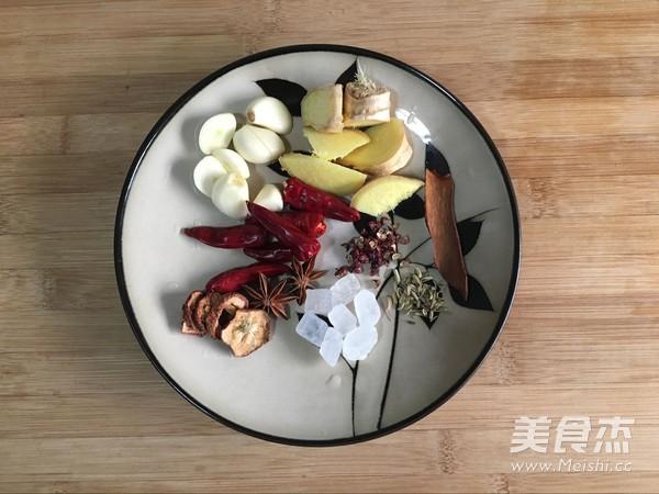 红烧猪蹄的简单做法