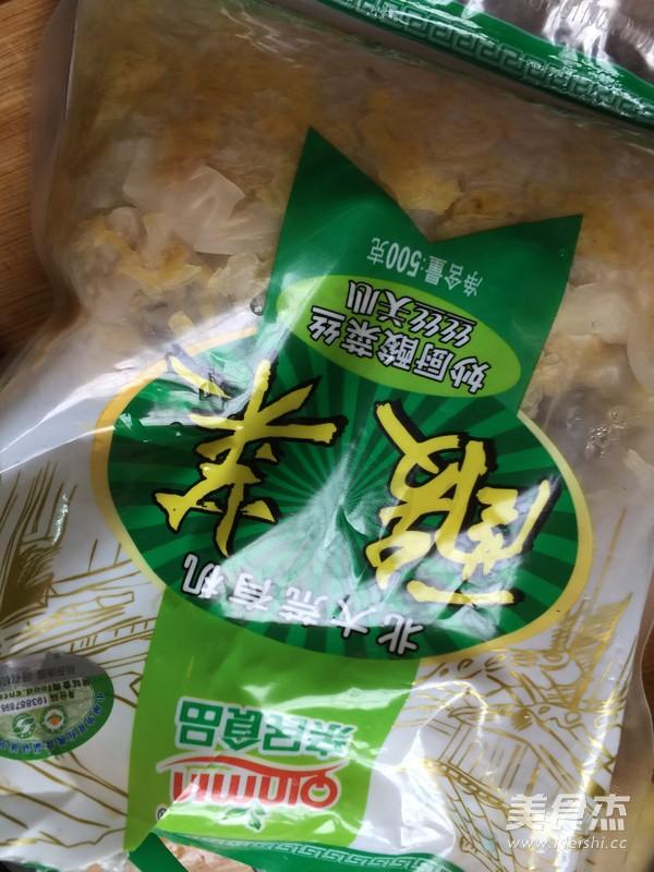 酸菜汆白肉的家常做法