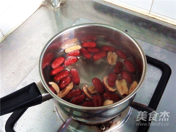 秋冬季养胃暖身最佳饮品--姜枣奶茶的简单做法