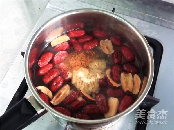 秋冬季养胃暖身最佳饮品--姜枣奶茶怎么吃