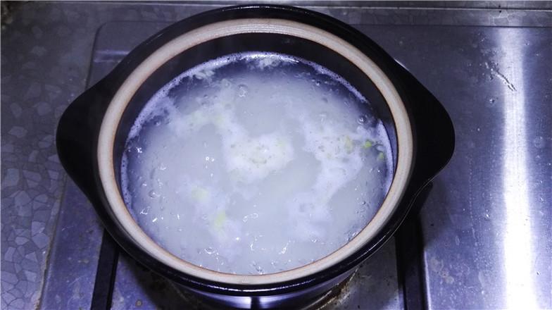 营养鲜香的毛豆香米蟹粥怎么炖