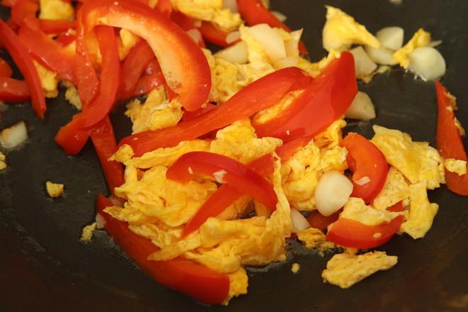 黄花菜炒鸡蛋的简单做法