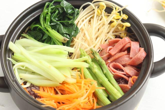 韩式砂锅拌饭怎么炒