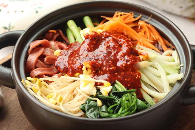 韩式砂锅拌饭怎么煮