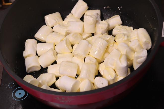 抹茶无花果干牛轧糖的家常做法