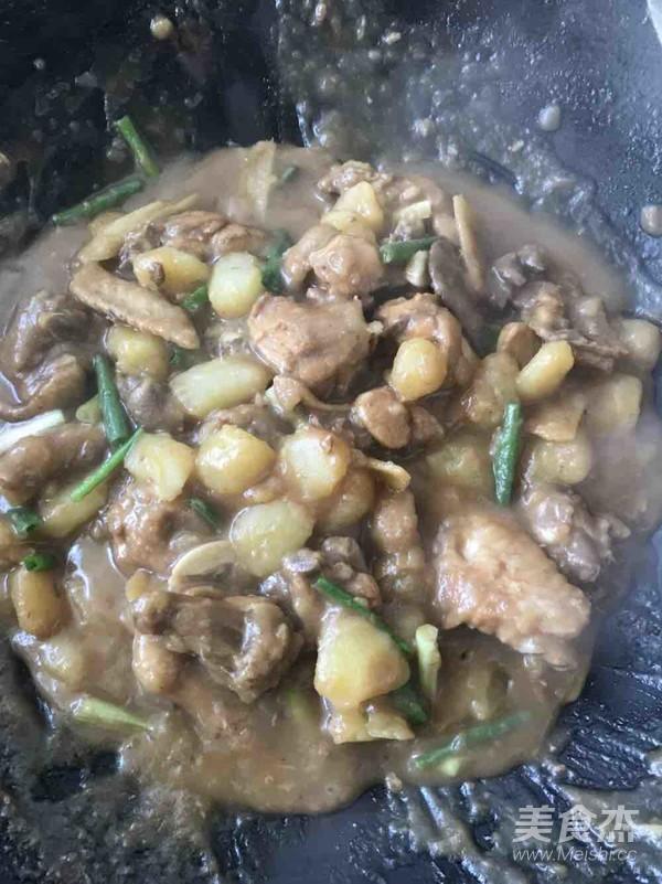 土豆焖鸡怎么炒