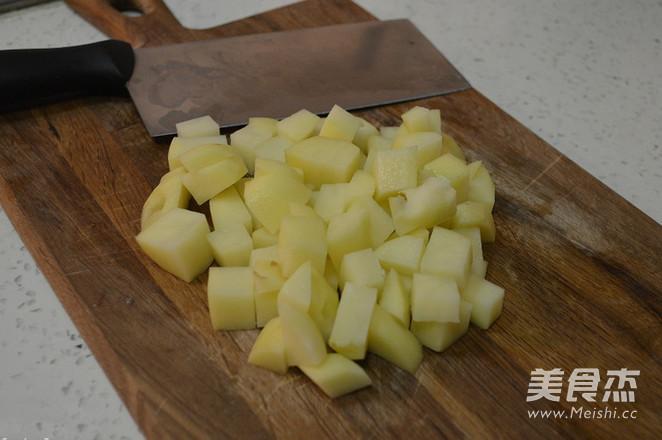土豆腊肠饭的做法大全