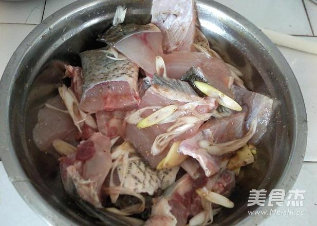 上海五香熏鱼的做法大全