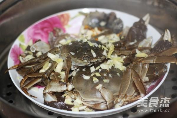 清蒸大闸蟹怎么吃