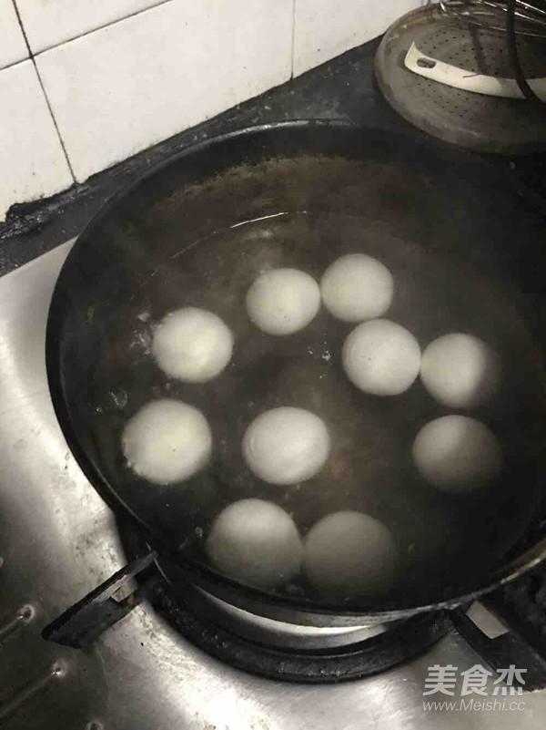 黑米西米汤圆椰子汁的家常做法