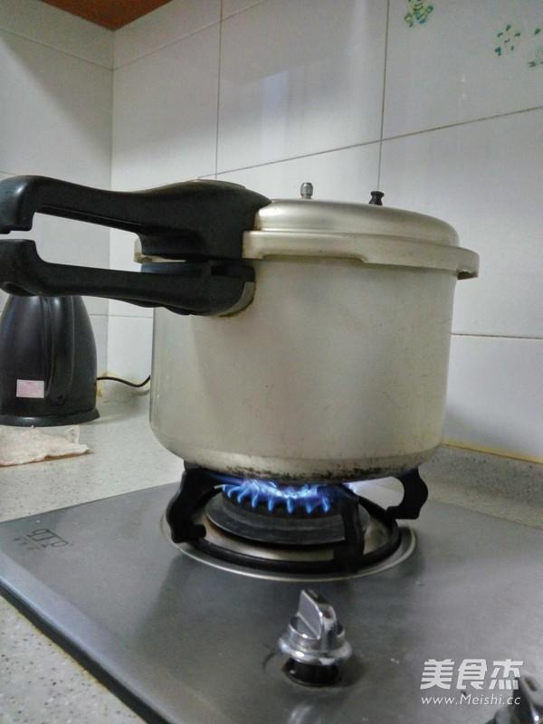 五谷杂粮粥的做法图解
