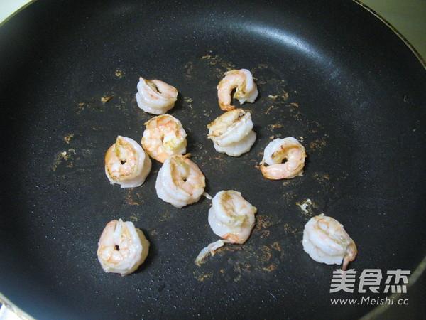 番茄虾仁炒饭的做法图解