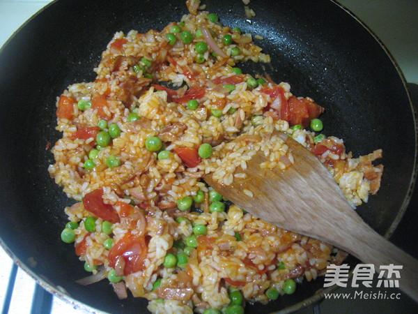 番茄虾仁炒饭怎么炒