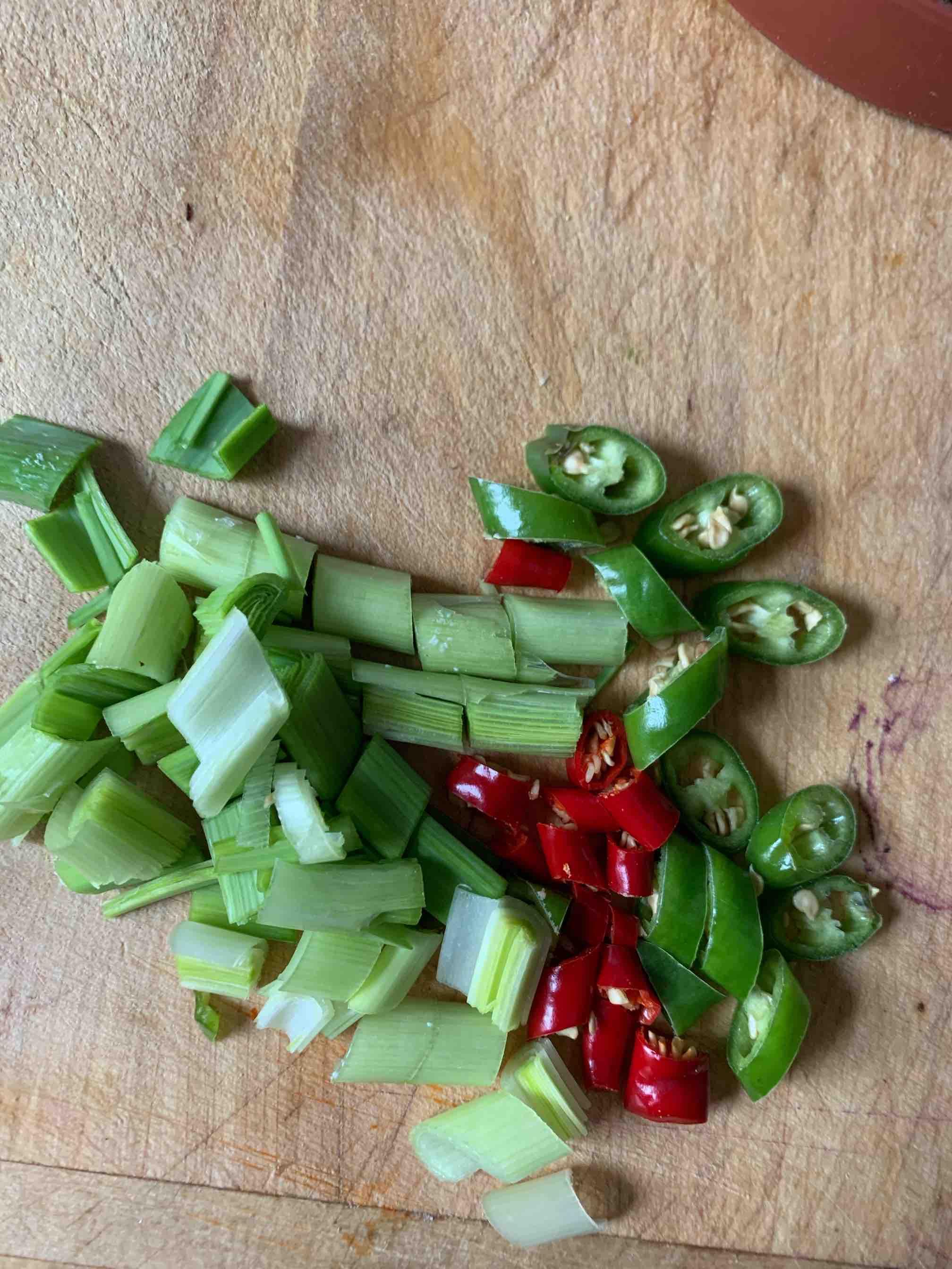 砂锅焖鱼块怎么吃