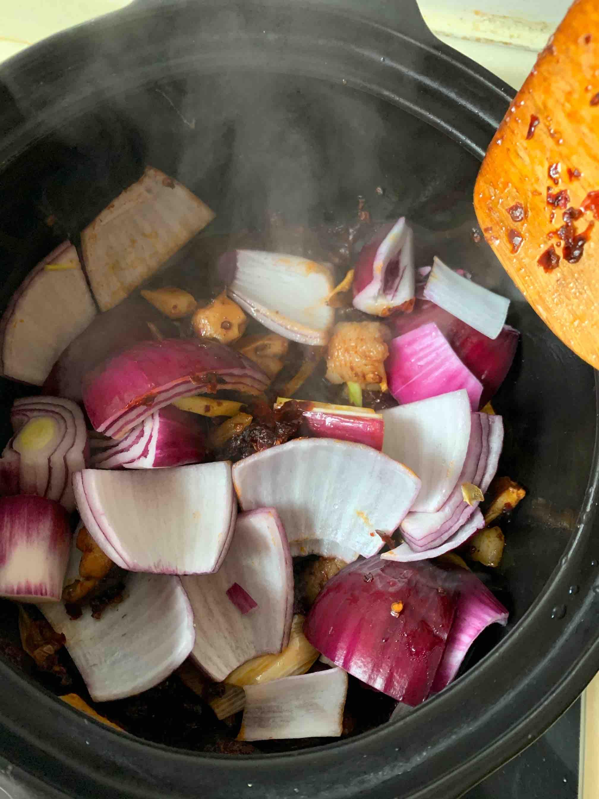 砂锅焖鱼块怎么煮