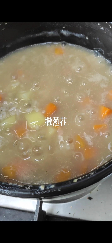 砂锅牛肉粥怎么吃