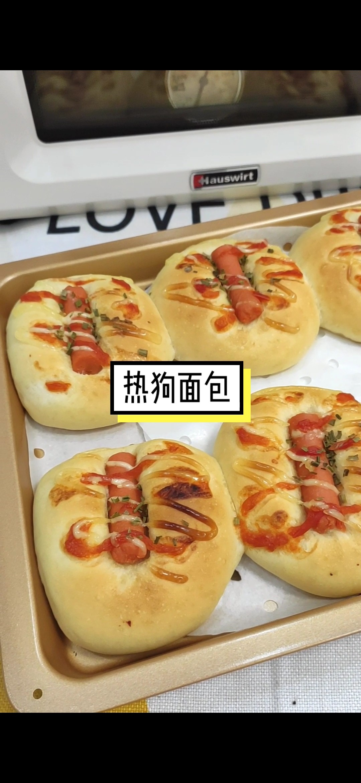 热狗面包成品图