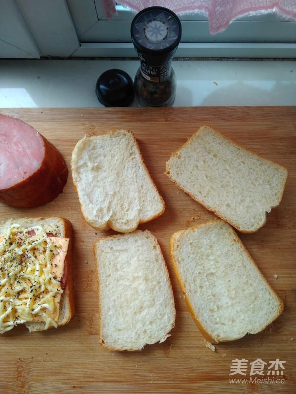 经典白吐司--另附:奶酪火腿吐司组合的制作方法