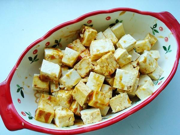 老干妈火腿蒸豆腐的简单做法